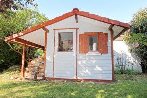 Satteldach - seitliches Vordach - Gartenhaus von BECK Gartenhäuser