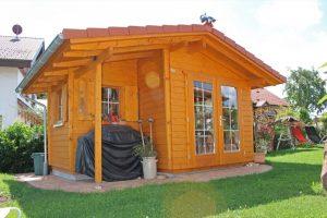 Satteldach - kleiner Anbau - Gartenhaus von BECK Gartenhäuser