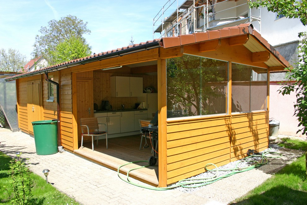 Häuser mit Vorlauben von BECK Gartenhäuser
